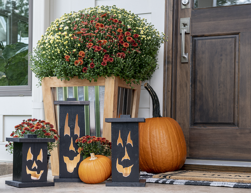 Bring on the Boos: DIY Jack-O-Lantern Porch Lightsimage