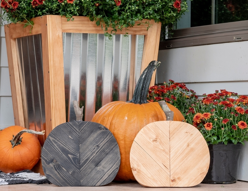 Spooky & Chic: DIY Wooden Pumpkin Cutoutsimage