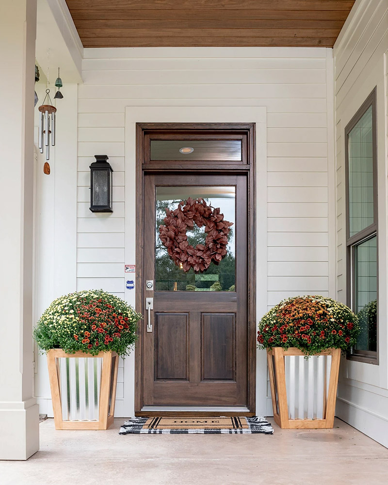 3 Festive Fall Porch Ideas That Are Easy to DIY