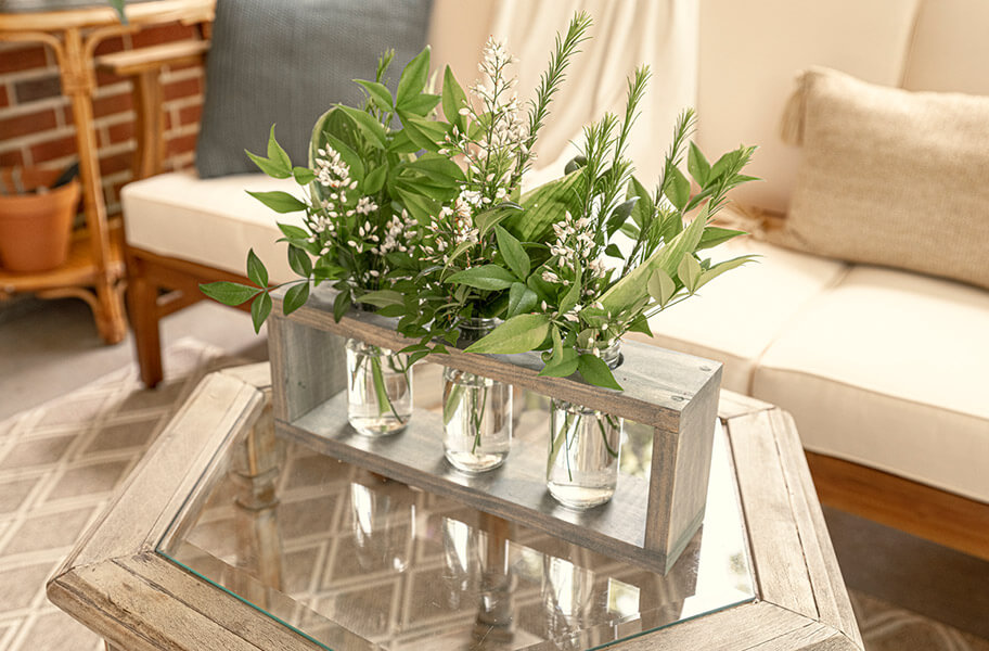 1) DIY CENTERPIECE